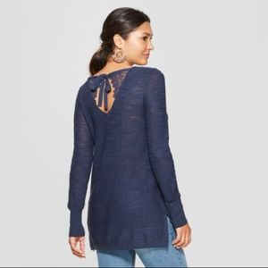 Women's Long Sleeve Tie Lace-Back Pullover-NWT